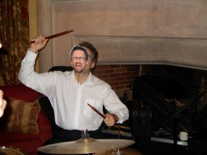 Mystery_drummer_in_action_m